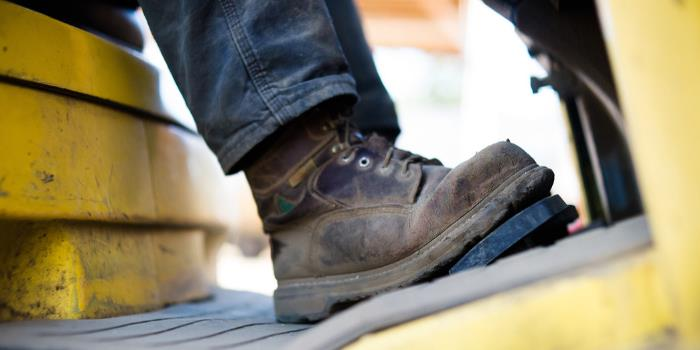 5 Steel-Toe Boots Reddit Users Swear By