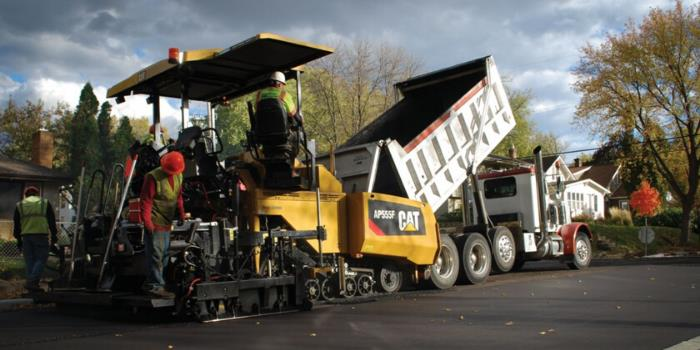 Achieve Smooth Mats with the 3 Basic Principles of Asphalt Paving