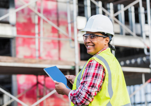 Managing Construction Crews: 5 Characteristics of Great Leaders