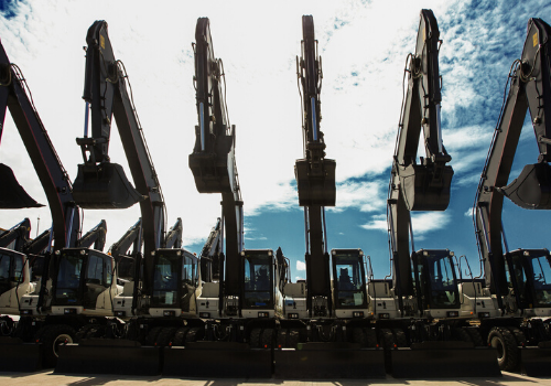 Construction Equipment Auctions: 4 Trends You Need to Know