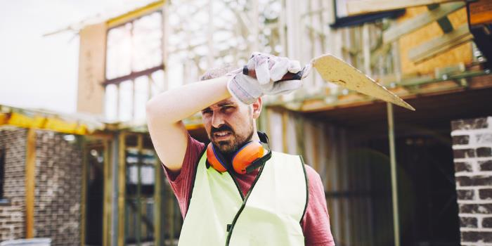 Construction Worker Fatigue: Mitigating Risks Through Tech & Safety Culture